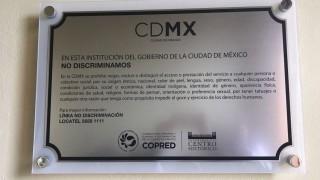 Develación de la Placa contra la Discriminación